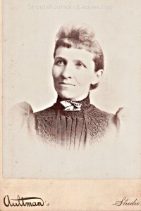 One in a set of three photographs taken by Trinidad, Colorado photographer, Oliver Eugene Aultman, in 1890 and sent to the Marion and Mary Jane Gwynne Minor Family. Located in the Minor Photograph Album, archived with author.